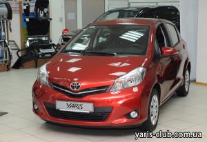 1a_Toyota_Yaris_2012
