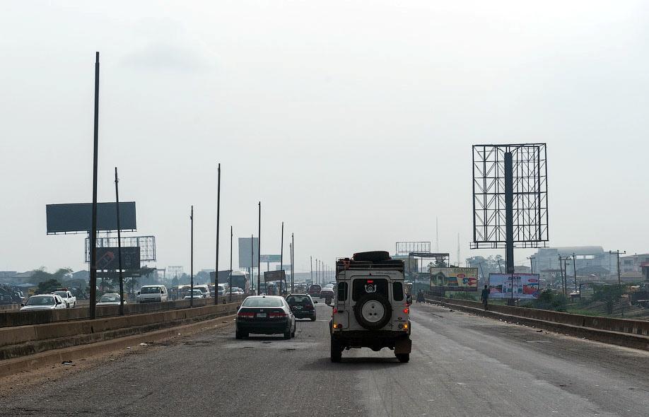 Жители Нигерии требуют немедленного обновления системы ПДД и дорожной разметки1