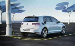 Volkswagen-e-Golf-charger